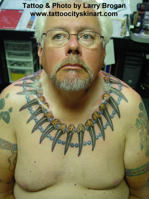 Tattoos - Bear Claw Necklace Front - 8889
