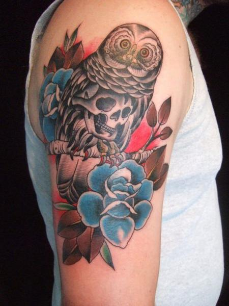 Ian 'Bugsy' Christiansen - Traditional Owl and Flowers Tattoo
