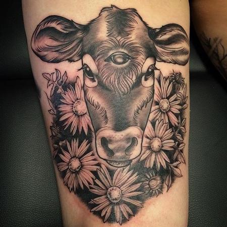 Tattoos - 3 eyed calf - 115422