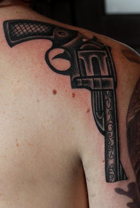 Tattoos - Old School Gun - 101292