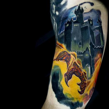 Tattoos - Dragon Claw with Castle - 116573
