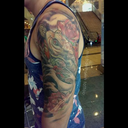 Tattoos - Chinese money frog with lotus flowers - 99766