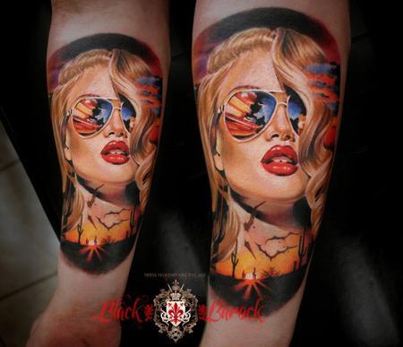 Tattoos - Blonde - 113704