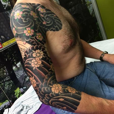 Roberto Borsi - Sakura - tebori ( hand made japanese traditional tattoo)