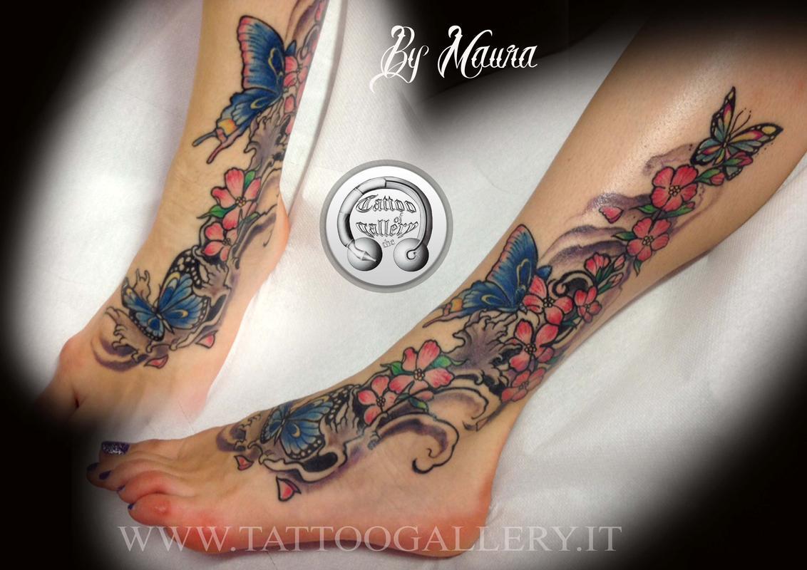 Fiori Tattoo.Tattoo Fiori E Farfalle By Resident Artist Maura Bisacchi Tattoonow