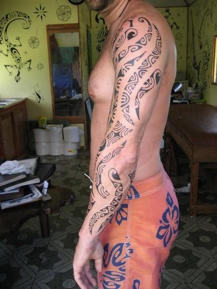 Tihoti Tatau - Black work arm tattoo