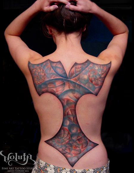 Conan Lea - Full Back Fractal Tattoo
