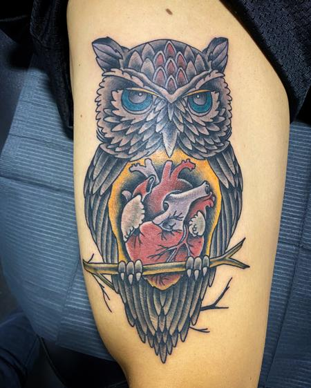 Tattoos - Owl with a big heart - 141999