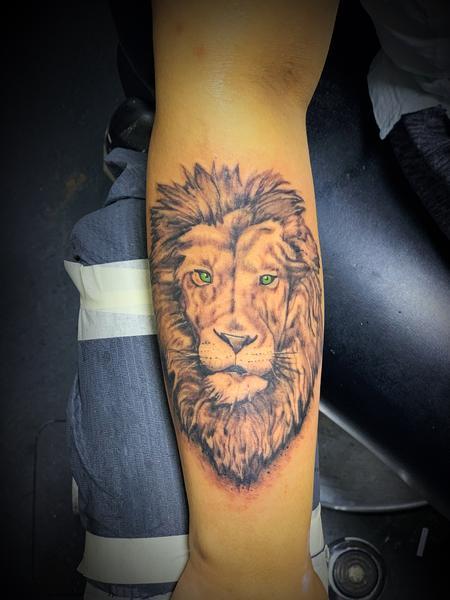 Tattoos - LIONNNNNNNNN - 139999