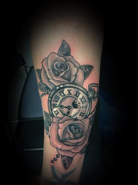 Clock and roses  Design Thumbnail