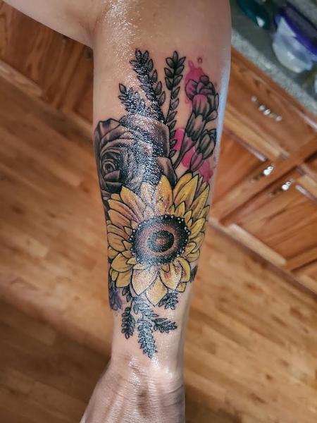 Floral Arm Design Thumbnail