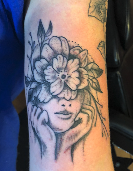 Tattoos - flower girl - 134516