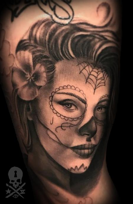 Tattoos - Lady - 131813