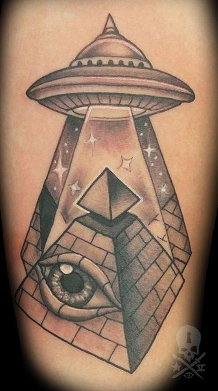 Tattoos - Eye of Providence UFO - 130915