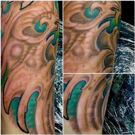 Tattoos - Bio mech (Color) - 122391