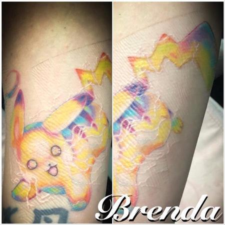 Brenda Kaye - Pikachu