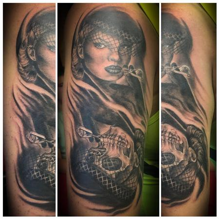 Tattoos - Skull/Pin up morph - 140277
