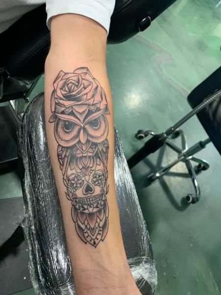 Mario Padilla - Owl and Skull