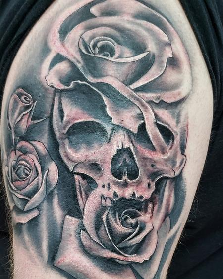 Tattoos - Skull and Roses - 142462