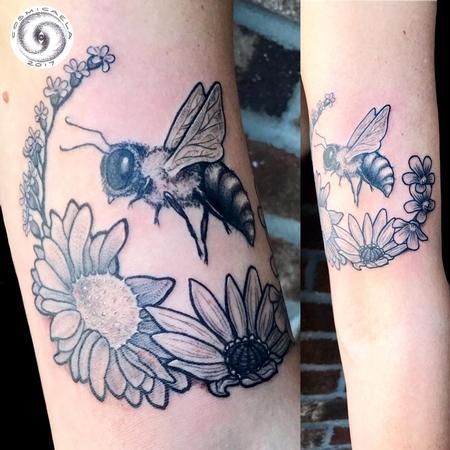 Tattoos - Bee & Flowers - 133402