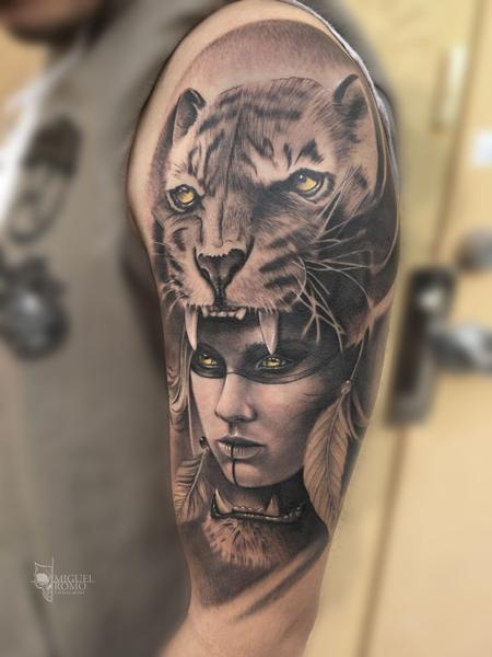 Miguel Angel Romo - Tiger Woman