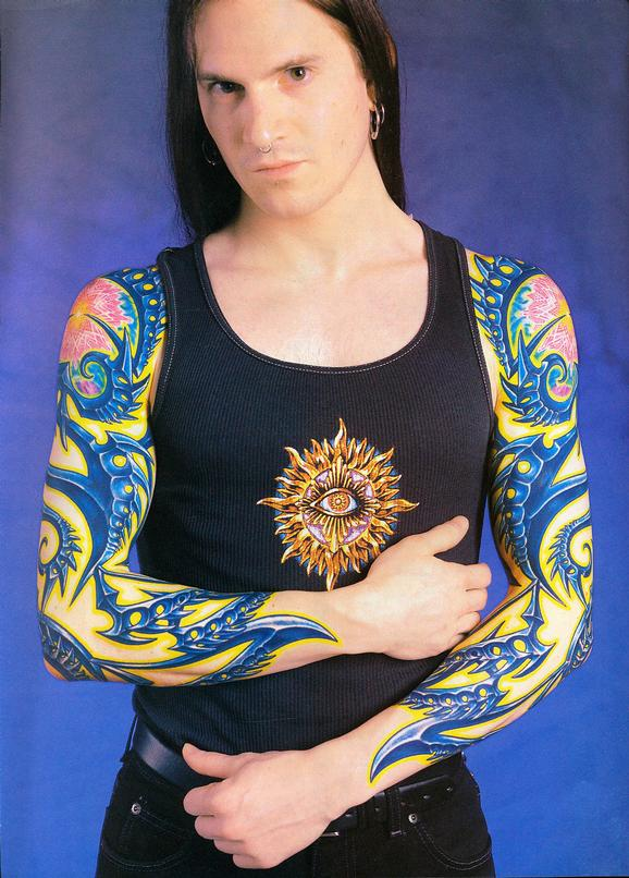 - Bondelli Feature, Tattoo Magzine, 2002