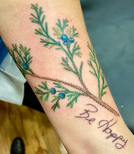 Tattoos - be happy - 142373