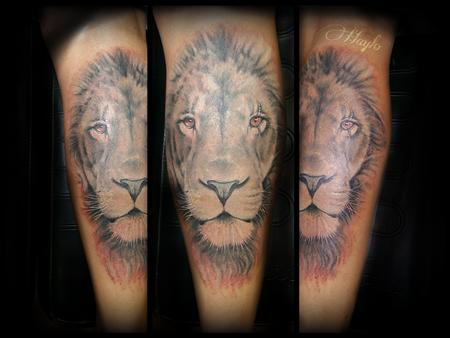 Tattoos - Realistic Lion Head in Black and Gray, leg tattoo - 115135