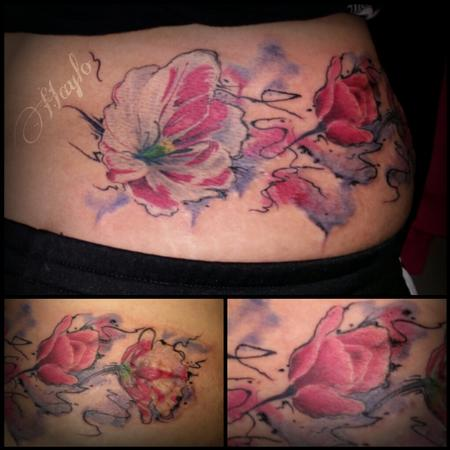 Tattoos - realstic tulip floral with watercolor style - 99417