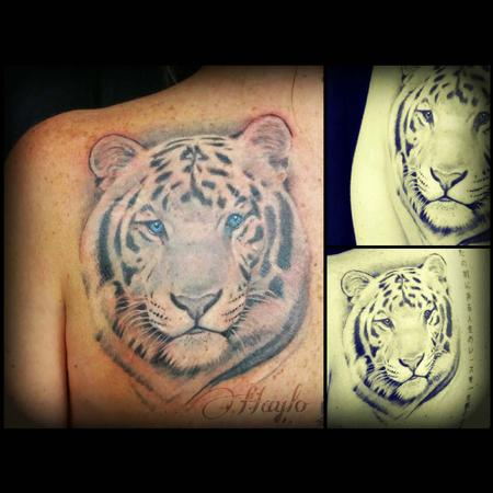 Tattoos - White Tiger with blue eyes - 104394