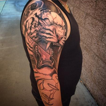 Tattoos - First session tiger piece - 102331