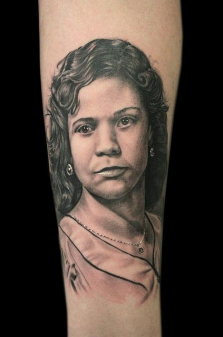 Tattoos - MOM PORTRAIT - 101482