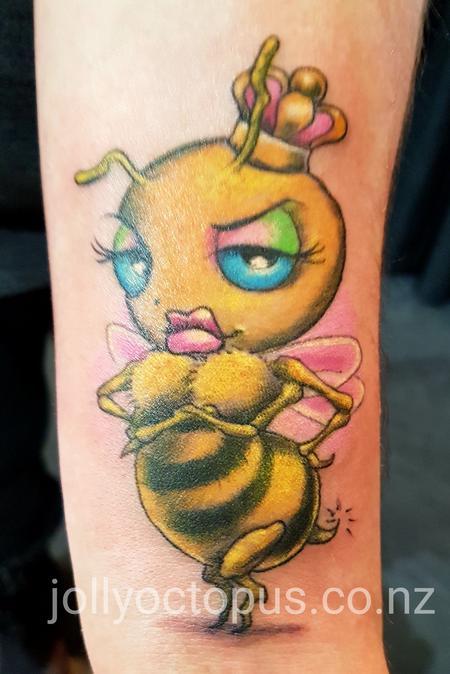 Tattoos - Queen Bee - 126427
