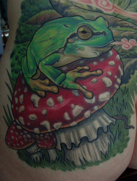 Tattoos - Frog on Amanita Muscaria mushroom - 116132