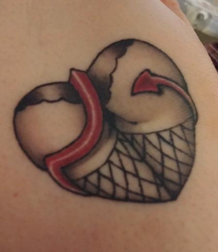 Tattoos - Heart Booty - 142037