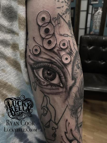 Realistic Eye Tattoo  Design Thumbnail