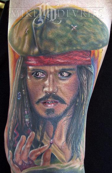 Mike DeVries - Jack Sparrow