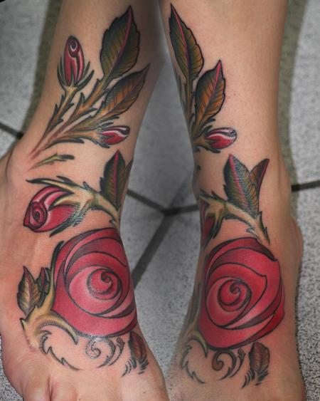 Tattoos - Red roses for her foot - 80943