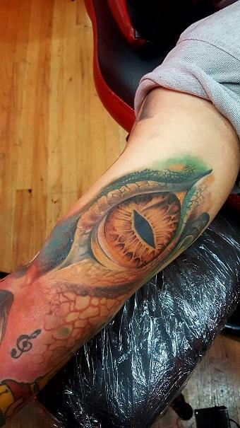 Manny Almonte - Reptilian Eye