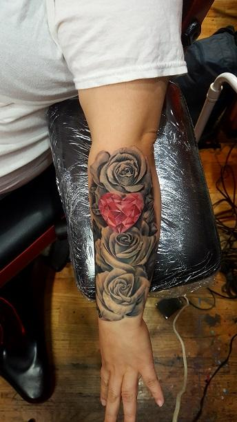 Manny Almonte - Roses with Heart Gem