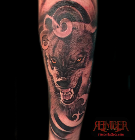 Tattoos - Black and Grey Realism Wolf - 111816