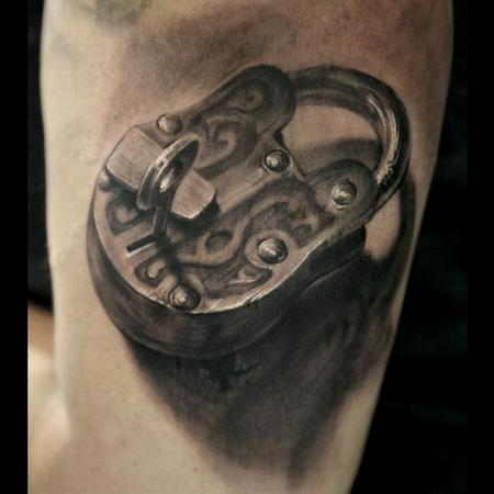 Tattoos - Lock - 96038