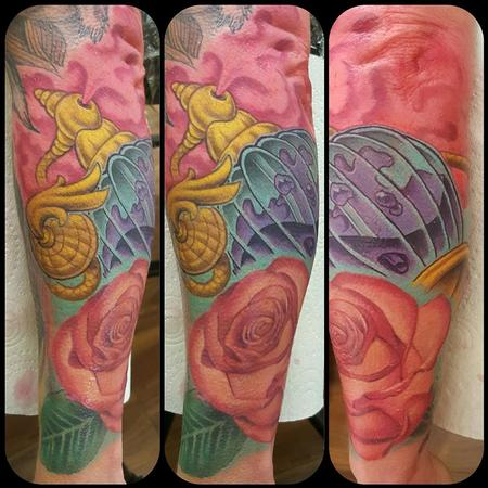 Tattoos - Perfum Bottle - 133410