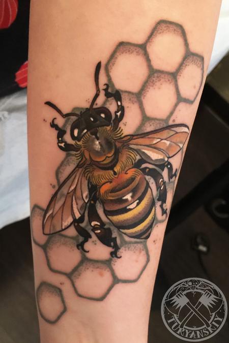Tattoos - Bzzzz - 114611