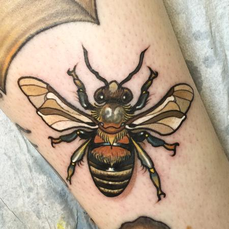 Oleg Turyanskiy - Bee Tattoo