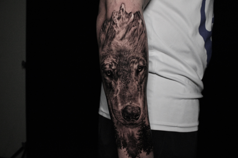 Tattoos - Wolf - 141526